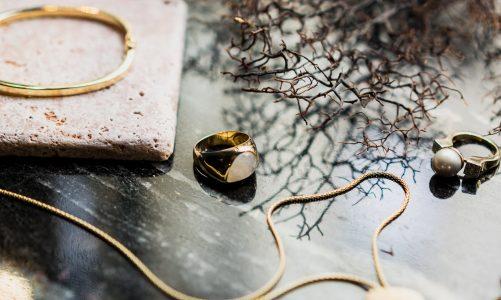 Ponadczasowy urok biżuterii